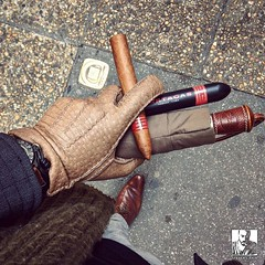 Tempest in #AixEnProvence!  You know the weather is bad when you have to carry a scarf, gloves, an umbrella AND a Tubos protected cigar!  Smoking this P2 from a covered terrace with a warm tea  (steven_cigale) Tags: cigar cigare cigarlife cigaraficionado cigarporn cigars cigares cigarlover amateurdecigare     zigarre cigarsmoking luxury cigarsmokingmodel p1p2c cigarsmoker cigarians botl aficionado cigaroftheday