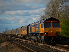66703 (Martin P Elsey) Tags: trip for or working here coal either loaded drax in sherburn elmet 66703 kellingley