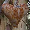 Heart Wind Chime (Eyersh) Tags: rust rusty nikond7000