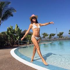 LIFE IS GOOD! #elblogdemonica #ootd #outfitideas #outfit #instablog #instapic #instagram #swimmingpool #biquini #billabong #swimwear #verano2016 #summervibes #tagsforfollow #follow #happy (elblogdemonica) Tags: ifttt instagram elblogdemonica fashion moda mystyle sportlook springlooks streetstyle trendy tendencias tagsforlike happy looks miestilo modaespaola outfits basicos blogdemoda details detalles shoes zapatos pulseras collar bolso bag pants pantalones shirt camiseta jacket chaqueta hat sombrero
