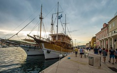 Mali Loinj (01) - sunset (Vlado Fereni) Tags: maliloinj otokloinj islandloinj loinjisland croatia croatianislands adriatic sea adriaticsea jadranskomore jadran sailboat boat boats nikond600 nikkor173528 sunset