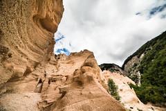 _DSC5245.jpg (SimonR91) Tags: lamerosse fiastra sibillini montisibillini regionemarche marche italy italia mountains lake trekking beauty nikon nikond750 clouds sun blades redblades
