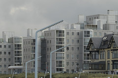 Boulevard - Scheveningen (Jan de Neijs Photography) Tags: boulevard boulevardscheveningen scheveningen denhaag sgravenhage holland zuidholland building gebouw tamron150600 tamron
