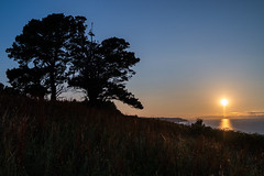 faro Luces (David Braa) Tags: cabo lluces asturias espaa atardecer mar samsung nx nido pajaros sunset water birds nature landscape