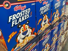 Kellogg's Frosted Flakes, 9/2016, pics by Mike Mozart of TheToyChannel and JeepersMedia on YouTube #Kelloggs #Frosted #Flakes (JeepersMedia) Tags: kelloggs frosted flakes