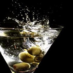 .c H e e r S. (allyson.mar1e) Tags: studioshot water freeze frozen motion drinks macro macromonday waterdrops splash
