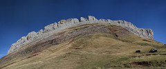 Castillo de Acher (Fermin Pagola) Tags: castillodeacher pirineos huesca otoo