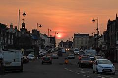 Chipping Sodbury Sunset (sgreen757) Tags: broad street high chipping sodbury sun sunset south glos gloucestershire cars busy sky fuji fujifilm x30 mode september 2016