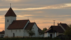 Hévízgyörk - öregtemplom / medieval church (bencze82) Tags: canon eos 700d voigtländer apolanthar 90mm f35 slii hévízgyörk öregtemplom medieval church galgamente naplemente sunset