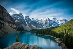 Day 6 - Return to Moraine Lake (Siyuant) Tags: banff national park lake moraine morning rockies valley ten peaks scenery view lookout rockpile