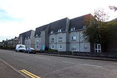 Riverside.Stirling. (boneytongue) Tags: stirling riverside interwar housing scheme estate private council tenements scottish scotland firth river forth district