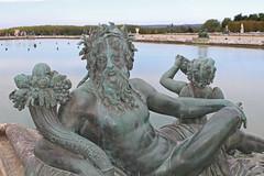 Versailles - Bronze Man (big_jeff_leo) Tags: paris louis versailles palace architecture gold heritage building statelyhome historic art ceiling fresco imperial unesco hallofmirrors french royal
