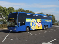 DSCN7680 Midland Red South 55022 YX16 NWV (Skillsbus) Tags: buses coaches france england volvo plaxton elite megabus flixbus midlandredsouth stagecoach yx16nwv