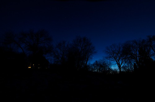 West - Late evening spring on Lake Winnipeg
