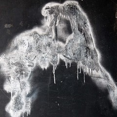 Conflagration (Gerard Hermand) Tags: 1608113256 gerardhermand france paris canon eos5dmarkii formatcarr peinture paint graffiti tag graf blanc white noir black