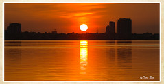 SHF_3292_Sunset (Tuan Ru) Tags: 1dmarkiii 14mm 100mm 135mm 1d 1dx 2016 2470mm 50mm 70200mm canon canon1d canoneos1dmarkiii canoneos1dx sunset honghn hty westlake hanoi tuanrau tuan ru