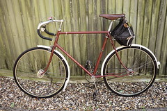 Hetchins Brilliant-27 (epicene) Tags: hetchins brilliant hetchinsbrilliant asc sturmeyasc sturmeyarcher archer chaterlea boa curly stays brooksb17 brooks reynolds531 531 touring tourer winter training bike carradice saddlebag