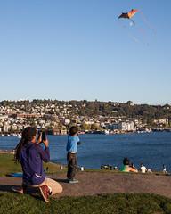 Kites at Gas Works (Chris Blakeley) Tags: seattle gasworkspark candid streetphotography kite kites kiteflying