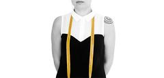 _Me_ (_Donna L_) Tags: bianco nero me autoscatto centimetro sartoria giallo