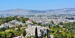 Desde la Acrpolis II (hernanrivas2) Tags: acropolis grecia atenas ciudad paisaje partenon soleado calor 35mm nikon d5200 manual f71