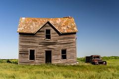 Bent House (TigerPal) Tags: saskatchewan sask abandoned forgotten prairie plains backroads exploration dustyroad gravelroad house farmhouse homestead benthouse bent oncewashome darmody