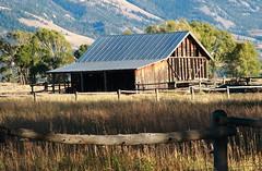 Old Barn, Mormon Row - Grand Tetons National Park, Wyoming (danjdavis) Tags: barn oldbarn mormonrow grandtetonsnationalpark nationalpark wyoming