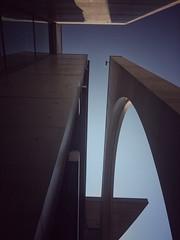 look sometimes upwards (Stoergi) Tags: sky himmel gebude gebudekomplex europa europe berlin berlinmitte regierungsviertel architcture