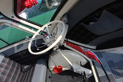1959 - BMW Isetta 300 - DZ-18-28 -8 (Oldtimers en Fotografie) Tags: 1959bmwisetta300 bmwisetta300 bmwisetta bmw isetta dz1828 midlandclassicshow2016 midlandclassic2016 midlandclassicshow midlandclassic almere oldcars bubblecars classiccars germancars oldtimers oldtimer fransverschuren oldtimersfotografie fotograaffransverschuren cardetail steeringwheel interior interieur