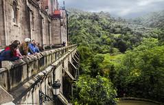2185  Covadonga, Asturias (Ricard Gabarrs) Tags: montaa campo paisaje iglesia catedral olympus natura verde arquitectura edificio ricardgabarrus ricgaba covadonga