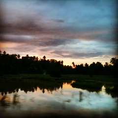 #iphoneography #photograph #sunset #twilight #reflection #tree #cloud #lake #sky #shadow #iloveaceh (riezVE) Tags: square squareformat mayfair iphoneography instagramapp uploaded:by=instagram