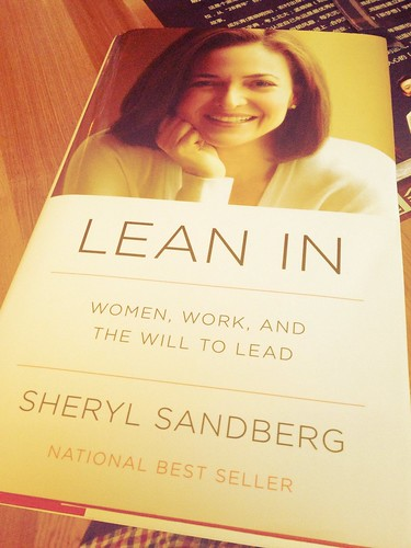 《Lean In: Women, Work, And The Will to Lead》。b...