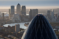 The Gherkin and Canary Wharf at dawn (JB Raw Images) Tags: city uk morning roof light england urban london beautiful dawn europe view skyscrapers capital canarywharf riverthames thegherkin jbraw thegherkin30stmarysaxesirnormanfoster