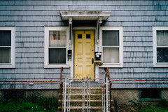 Cambridge, MA - 2013 (Chris Gachot) Tags: street old cambridge house color boston zeiss 35mm fence fuji fujifilm xe1