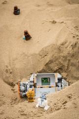 Escaping the Jawas (David Lim) Tags: lego batman rey star wars r2d2 bb8 c3po beach wonder woman jawa