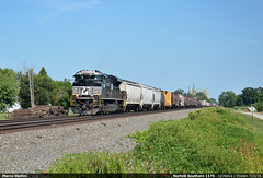 Lone Ace... (Marco Stellini) Tags: norfolk southern ns ohio railroad toledo lake shore railways emd sd70 ace usa