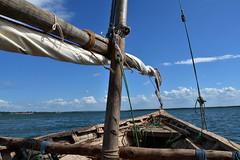 Sailing on a wooden dhow to Kiwla Kisiwani from Kilwa Masoko (10) (Prof. Mortel) Tags: tanzania dhow kilwamasoko kilwakisiwani