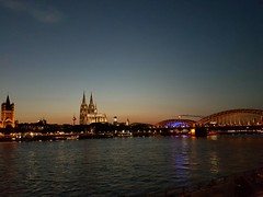 Golden City (Magic M.) Tags: sunset cologne kln rhine rhein dom colognecathedral hohenzollernbrcke hohenzollernbridge grossstmartin