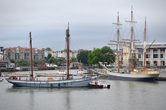 Bristol Harbour (lizfy30) Tags: irene kaskelot tall ships boat harbour bristol tug grey overcast working boats lloyds