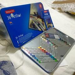 Derwent Artbars Gift (Assaf Shtilman) Tags: derwent art bars artbars supplies colours watercolours sticks