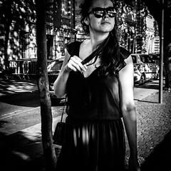 Portrait 1 (Solylock) Tags: 2016 toulouse streetphotography photoderue photographie rue street noiretblanc blackwhite bw nb monochrome monochrom portrait candid homme man woman femme sunglasses lunettes soleil nuageux cloudy people gens carr format