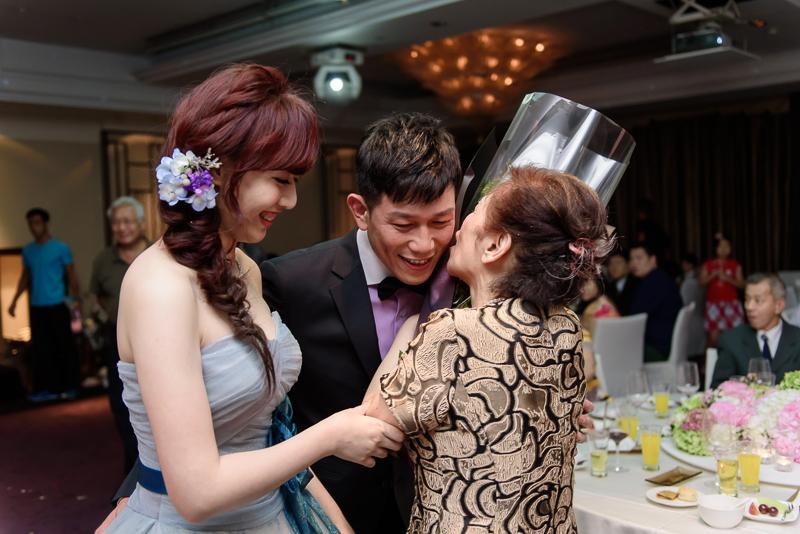 國賓婚攝,台北國賓,國賓飯店婚宴,新秘Miko ,婚攝小勇,台北婚攝, 愛瑞思新娘秘書造型團隊,西敏英國手工婚紗,小寶工作室-082