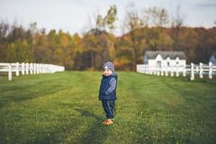 Bastien (Louis Chiasson) Tags: portrait outdoor canon 6d 85mm dof natural light lumire naturelle
