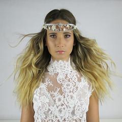 Lilly (elisabettaroncoroni) Tags: wedding lace canon blond editorial white