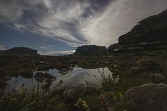 Roraima, Un mundo perdido (Pablo Urrea) Tags: roraima roraimamagico venezuela tepuy nocturna reflejo estrellas largaexposicin pablourrea naturaleza nature extreme vegetacin canon gran sabana