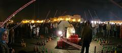 El juego de la caa y la botella (mouette ferme) Tags: noche marrakech juego marruecos botella caa panormica jamaaelfna fna jamaa