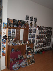 dining room (from afar) (mikaplexus) Tags: film vintage movie toy toys starwars lego films mint halo collection collections legos movies reach collectible megabloks mib collectibles halo2 collecting collector georgelucas mcfarlane mcfarlanetoys megablok unopened lucasfilms mintinbox i3toys odst halo4 toycollector haloodst haloreach i3starwars