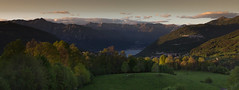 Crepuscolo in wide res :) (ToysLand) Tags: lake alberi magic cielo montagna crepuscolo toysland thisphotorocks