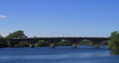 Smeato (Bricheno) Tags: bridge river scotland rivertay gulls perthshire escocia tay perth szkocja schottland scozia oldbridge écosse johnsmeaton smeatonsbridge 蘇格蘭 escòcia perthkinross perthbridge σκωτία स्कॉटलैंड bricheno scoția