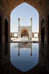 Reflection of Jameh Mosque (wandervox) Tags: iran nikon d700 esfahan isfahan jamehmosque unescoheritagesite