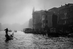 into the mist (Blende1.8) Tags: mist nebel dunst fog foggy misty venice venedig venezia gondel gondola boat boot kanal canal canalgrande italy italia italien travel mood stimmung ambience water wasser nikon d700 carstenheyer schwarzweis